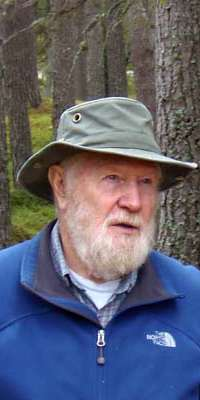 Dick Balharry, British conservationist, dies at age 77