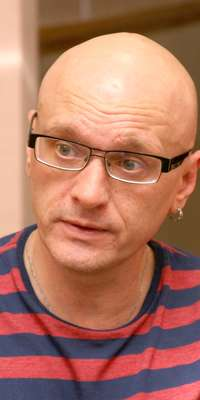 Alexei Devotchenko, Russian actor and anti-Kremlin activist., dies at age 49