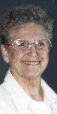 Ann B. Davis, American actress (The Bob Cummings Show, dies at age 88