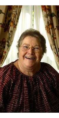 Colleen McCullough, Australian author (The Thorn Birds), dies at age 77