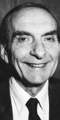 Gerald E. Brown, American theoretical physicist., dies at age 86