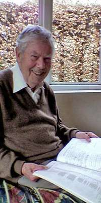 Hugh McGregor Ross, English computer scientist and theologian., dies at age 97