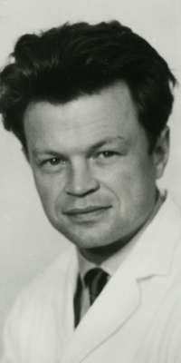Jean Lindenmann, Swiss virologist and immunologist, dies at age 90