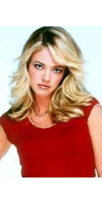 Lisa Robin Kelly, American actress (That '70s Show)., dies at age 43