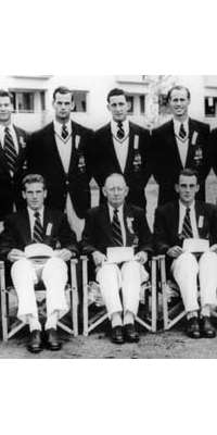 Mervyn Finlay, Australian judge and rower, dies at age 89