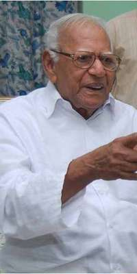 V. R. Krishna Iyer, Indian judge, dies at age 100