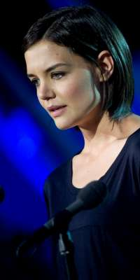 Katie Holmes, Actress, Model, alive at age 36