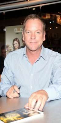 Kiefer Sutherland, Actor, film director, film producer, voice actor, alive at age 48