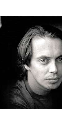 Steve Buscemi, Actor, director, writer, alive at age 57