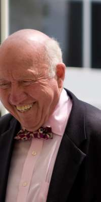 Bud Collins, American sports journalist., dies at age 86