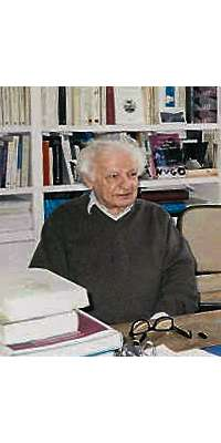 Yves Bonnefoy, French poet., dies at age 93