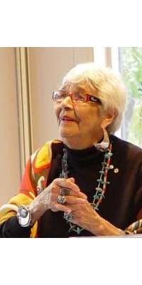 Daphne Odjig, Canadian First Nations artist., dies at age 97