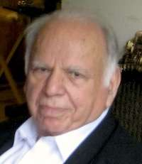Akram Zaki, Pakistani politician and diplomat, dies at age 87