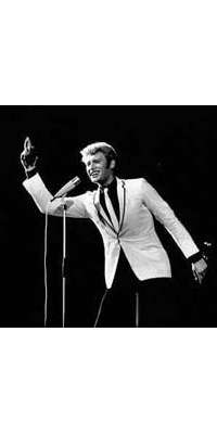Johnny Hallyday, French rock singer, dies at age 76