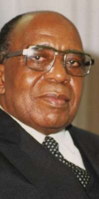 Antoine Gizenga, Congolese politician, dies at age 93
