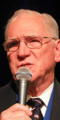 Chuck Missler, American-New Zealand author, dies at age 83
