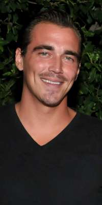 Clark James Gable, American actor and model., dies at age 30