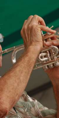Connie Jones, American jazz trumpeter., dies at age 84