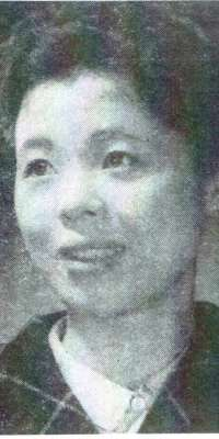 Etsuko Ichihara, Japanese actress., dies at age 82