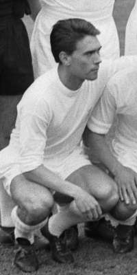 Fernando Serena, Spanish football player (Sant Andreu, dies at age 77