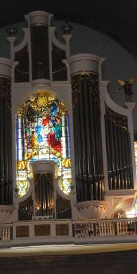 Georg Jann, German organ builder., dies at age 85