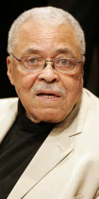 James Earl Jones, American voice and film actor, dies at age 86
