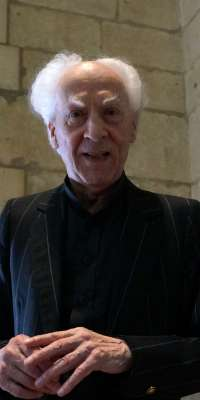 Jean Guillou, French composer, dies at age 88