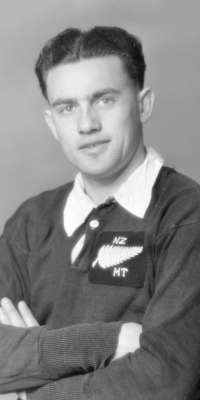 Keith Davis, New Zealand rugby union player (Auckland, dies at age 89