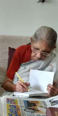 Kondapalli Koteswaramma, Indian communist revolutionary and writer, dies at age 98