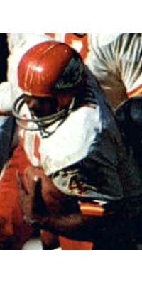 Robert Holmes, American football player (Kansas City Chiefs)., dies at age 72