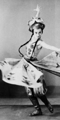 Sono Osato, American dancer and actress., dies at age 99