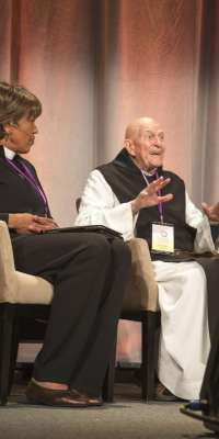 Thomas Keating, American Trappist monk and author., dies at age 95