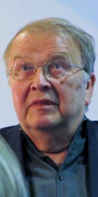 Wilhelm Genazino, German journalist and author., dies at age 75
