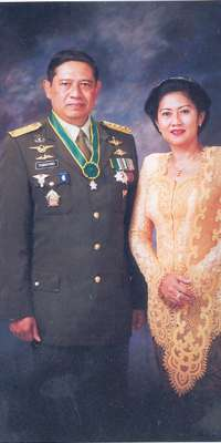 Ani Yudhoyono, wife of Susilo Bambang Yudhoyono and First Lady of Indonesia (2004-2014), dies at age 66