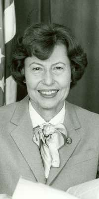 Jan Meyers, American politician, dies at age 90