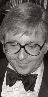 Arte Johnson, American comedian and actor (Rowan & Martin's Laugh-In), dies at age 90