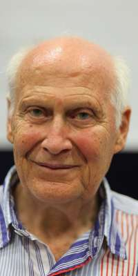 Bert Hellinger, German psychotherapist (Family Constellations)., dies at age 93