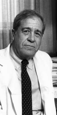 Bernard Fisher, American surgeon, dies at age 101