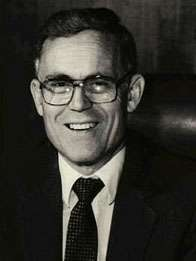 James O. Mason, American doctor and public health administrator., dies at age 89